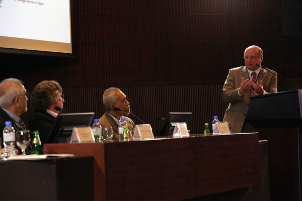 Qatar Conference Brings Together Scholars Focused on Science, Religion, Governance